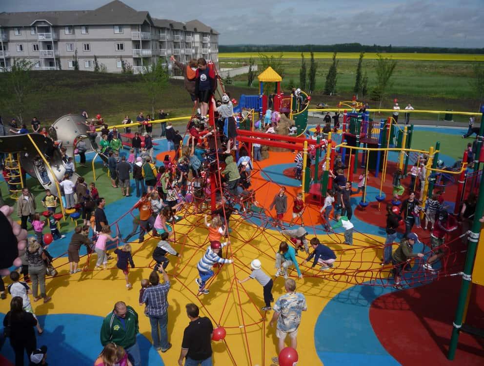 Детские игровые комплексы для улицы.