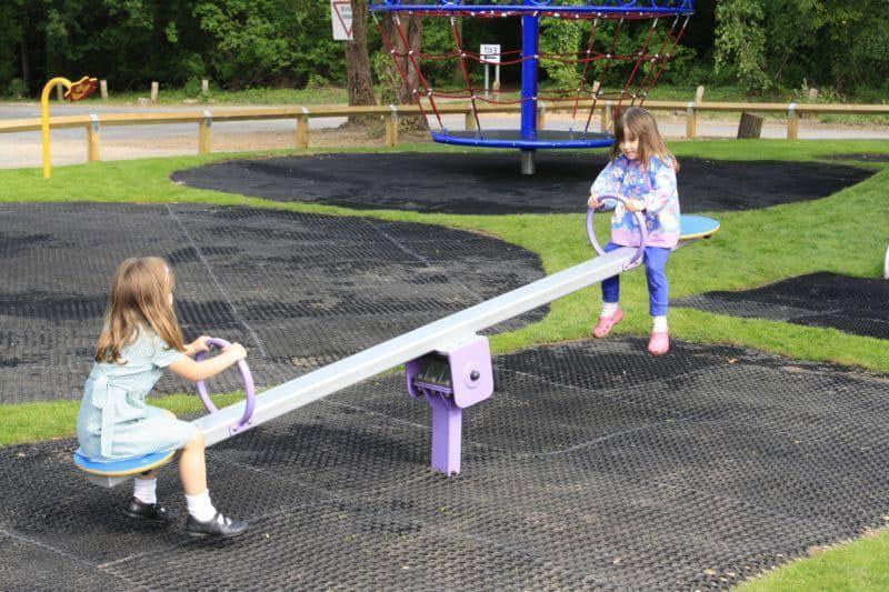 Полезная качалка для детей.