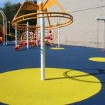 Укладка покрытия для детских площадок