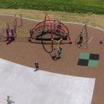 Какое покрытие на детских площадках лучше