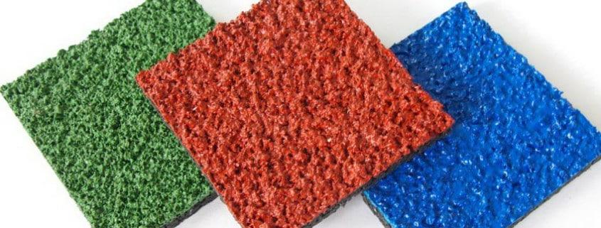 Полиуретановое резиновое покрытие.