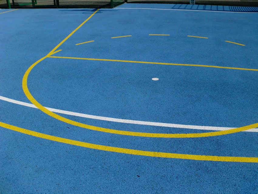 Резиновое покрытие для спорта.